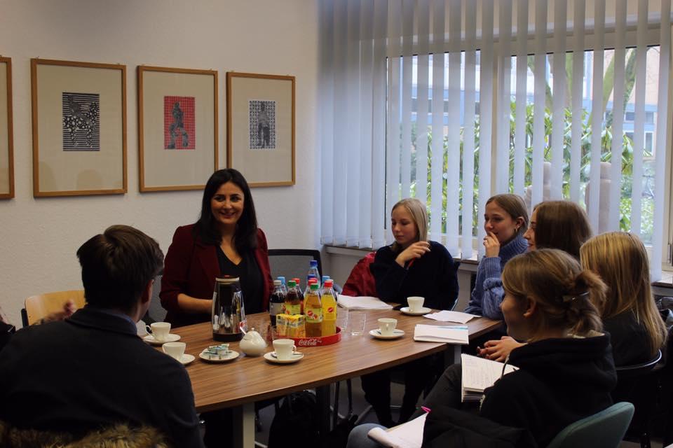Interviews mit den Kollegen und dem Journalistennachwuchs von der Schülerzeitung